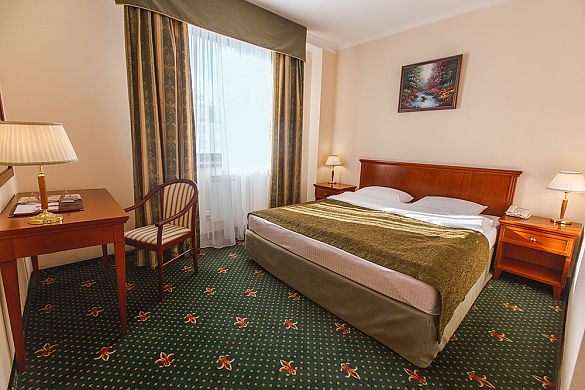 TWO-ROOM JUNIOR  SUITE (HALF-LUX)  WITH ONE KING SIZE DOUBLE BED